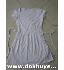 Áo đầm thun cotton màu trắng cho bé